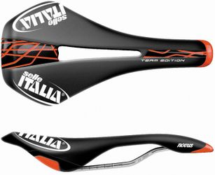 Selle Italia NOVUS Team Edition Flow L schwarz/rot