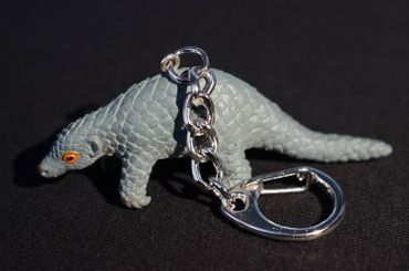 Armadillo Key Ring Miniblings Key Ring Shed Gray 70mm Rubber – Bild 3