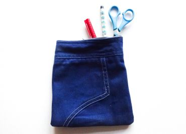 Jeans Pocket Bag Miniblings Make up Bag Dark Blue Glossy Gloss – Bild 2