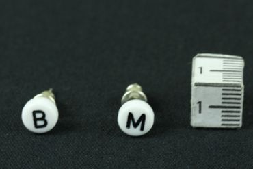 Your Own Letters Earrings Ear Studs Earstuds Miniblings Letter Inital ABC Initials White A +? – Bild 4