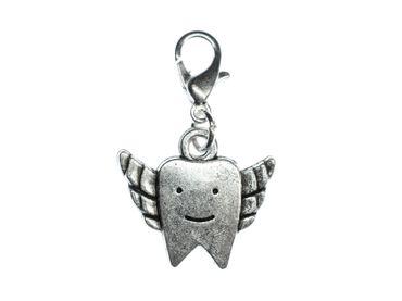Zahn mit Flügeln Charm Zähne Zahnarzt Zipper Anhänger Bettelanhänger Miniblings – Bild 1