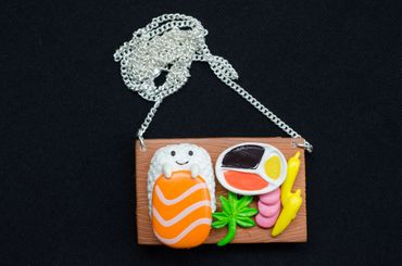 Sushi Plate Necklace Miniblings Japanese Specialty Japan Cawaii Fish Face Brown – Bild 3