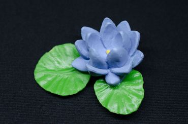 Blue Water Lily Brooch Miniblings Broach Pin Flower Spring Hard Rubber 50mm – Bild 3