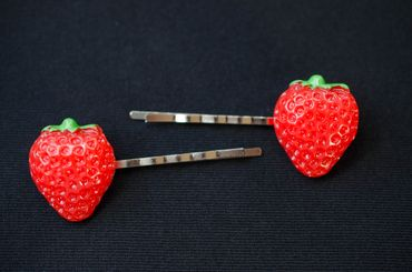 2 pcs Strawberry Hairclips Miniblings Fruits Hair Clip Fruit Berry Wildberry Summer – Bild 1