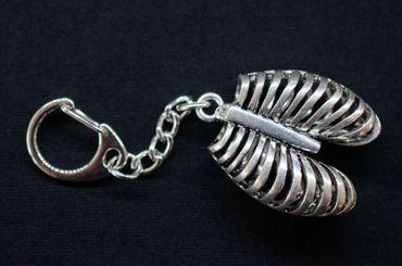 Rippen Schlüsselanhänger Miniblings Anhänger Medizin Mensch Lunge Metall Silber – Bild 3