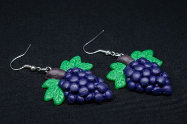 Grapes Wine Queen Earrings Fruit Wines Winemaker Hangers Miniblings Red  – Bild 3