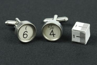 Request Number Cuff Links Cufflinks Typewriter Keys Miniblings Number White 6+? – Bild 4