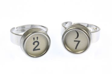 Request Number Ring Vintage Typewriter Keys Miniblings Number White – Bild 3