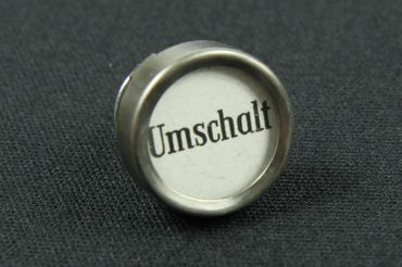 Umschalter Brooch Pin Typewriter Keys Miniblings Vintage White Big – Bild 2