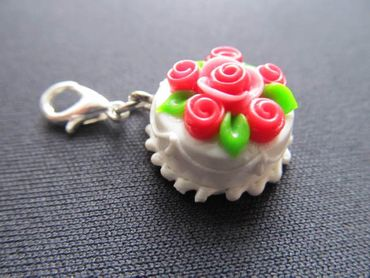 Cake Bisuit Charm For Bracelet Wristlet Dangle Charms Miniblings Wedding Roses White