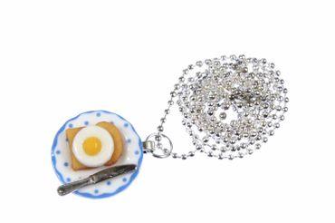 Toast mit Spiegelei auf Teller Halskette Frühstück Miniblings Porzellan 80cm – Bild 1