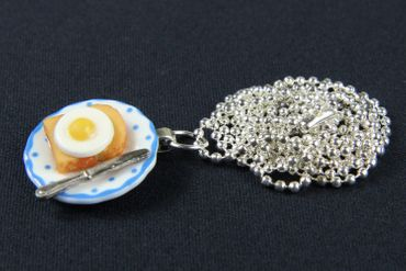 Toast mit Spiegelei auf Teller Halskette Frühstück Miniblings Porzellan 80cm – Bild 2