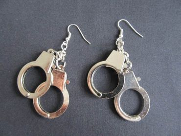 Handcuffs Earrings Miniblings Police Handcuffs Shackles XL – Bild 1