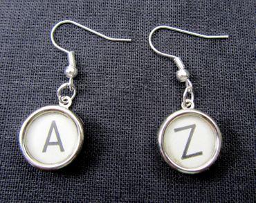 Request Letter Customized Initial Earrings Vintage Typewriter Keys Miniblings White Z +? – Bild 2