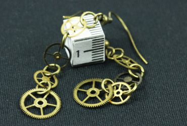 4 Gear Earrings Gears Mechanics Steampunk Clockwork Clock Brass Upcycling – Bild 5