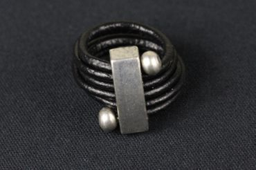 Leather Ring Miniblings Finger Ring Wrapped Leather Belt Leather Balls Black – Bild 2