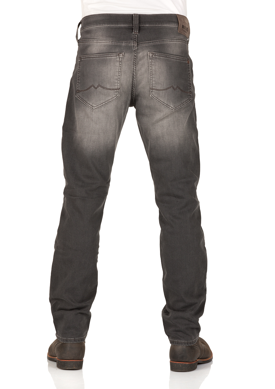 mustang-herren-jeans-oregon-tapered-fit-grau-dark, 74.99 EUR @ jeans