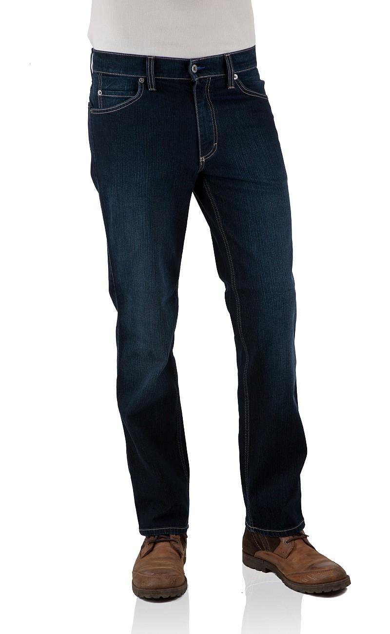 Mustang Herren Jeans Tramper - Slim oder Tapered Fit in vielen verschiedene Farben und Waschungen