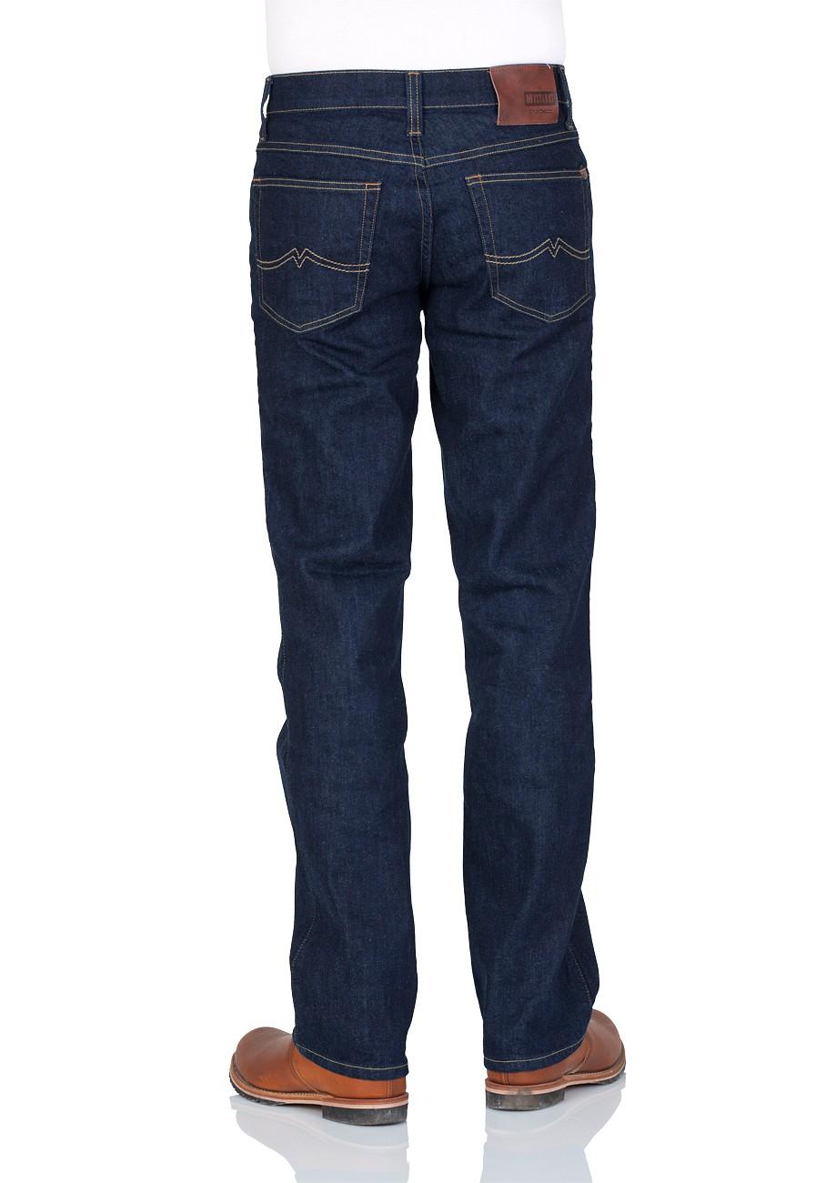 mustang-herren-jeans-tramper-slim-oder-tapered-fit-in-vielen-verschiedene-farben-und-waschungen, 29.95 EUR @ jeans