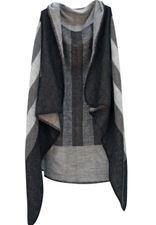 Trendy Ruana in grau/schwarz