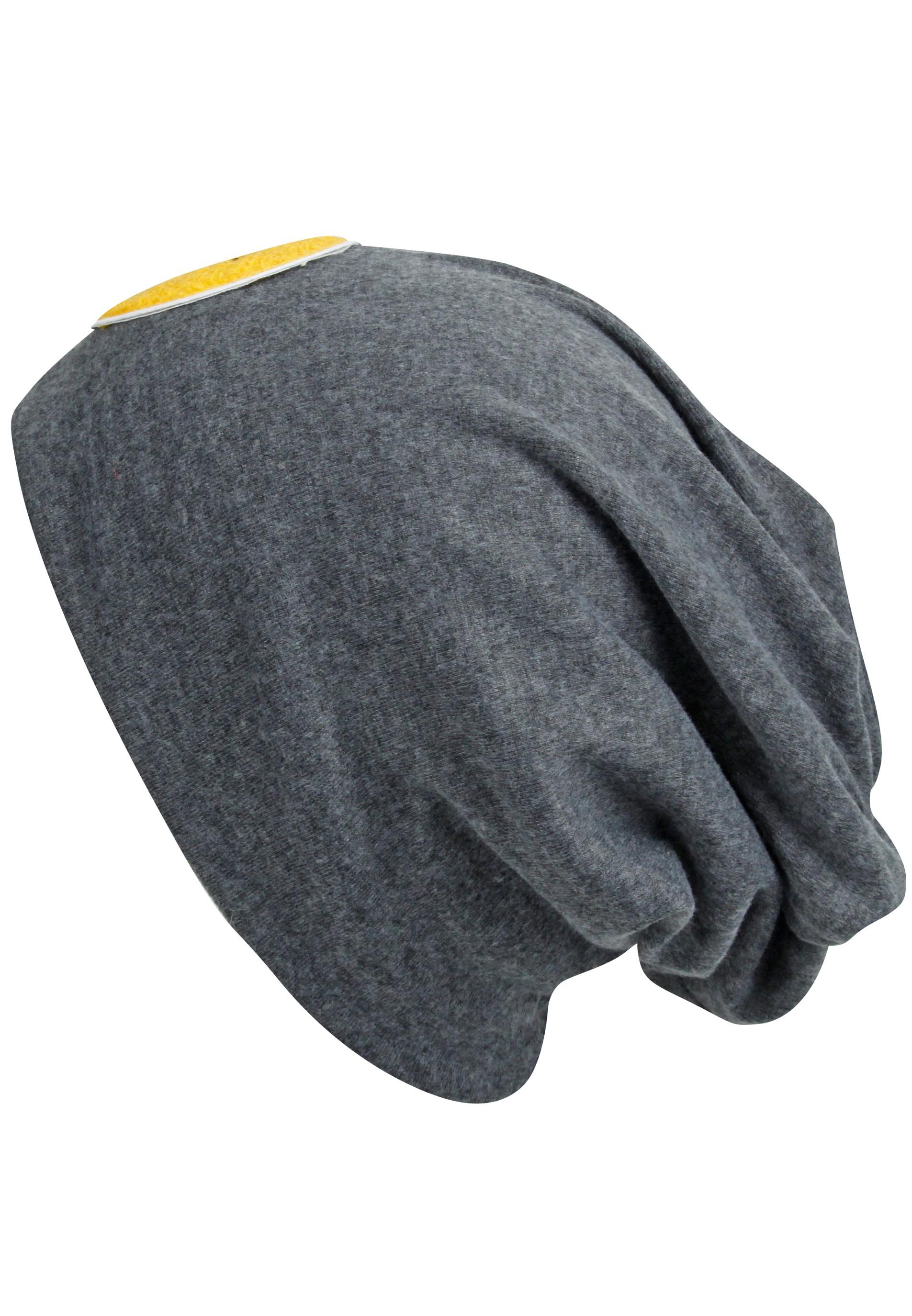 Trendy Beanie mit Patches aus leichtem Jersey