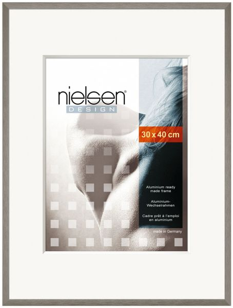 NIELSEN C2 40x50 cm Soft Grey Picture Frame