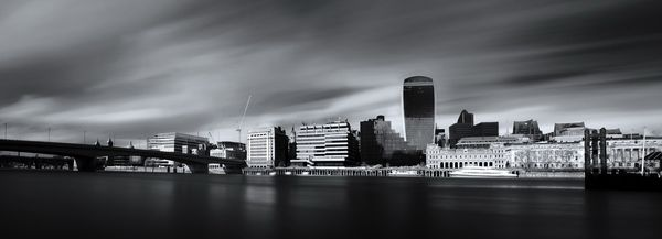 LondonBridgeB&WCity626 - Fineart Photography by David Freeman