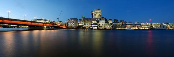 LondonBridgeLightsCity627 - Fineart Photography by David Freeman