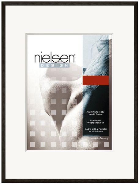 Nielsen C2 23X30 cm Glossy Black Picture Frame
