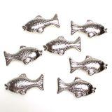 40 Fische metallic silber 3,5cm mit Loch Streudeko Tischdeko Taufe