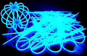 "100 Glow Sticks BLUE, Test Score: 1,4 ""VERY GOOD"", Complete Set incl. 100x TopFlex-, 2x Triple- und 2x Ball- Connectors – Bild 4"