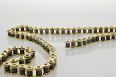10 meter KMC chain 428 gold, ISO 9001, incl. 4 chain locks