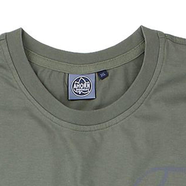 Image de détail de T-shirt vert olive col rond by Ahorn Sportswear// grandes tailles jusqu'au 10XL