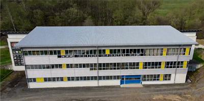 Das neue 2DIE4 Sports Firmengebäude mit Shop, Lager, Werkstatt und mehr