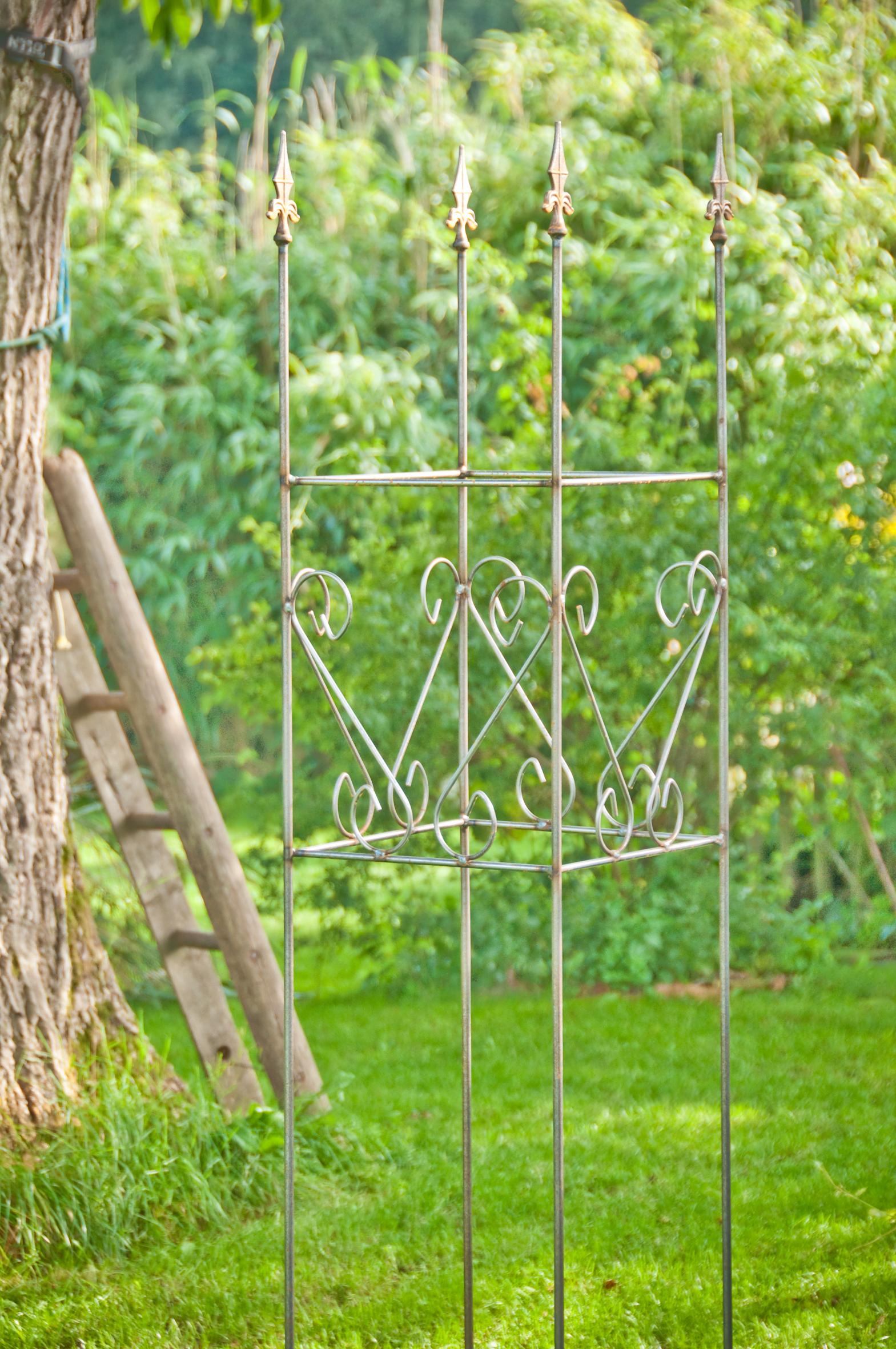 Rankhilfe metall eckig rostig gro for Gartendeko gusseisen rostig