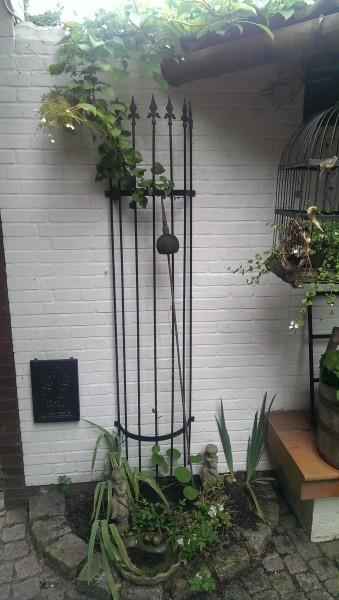 rankgitter halbrund f wand 180cm schwarz. Black Bedroom Furniture Sets. Home Design Ideas