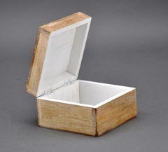 Holzbox aus Mangoholz