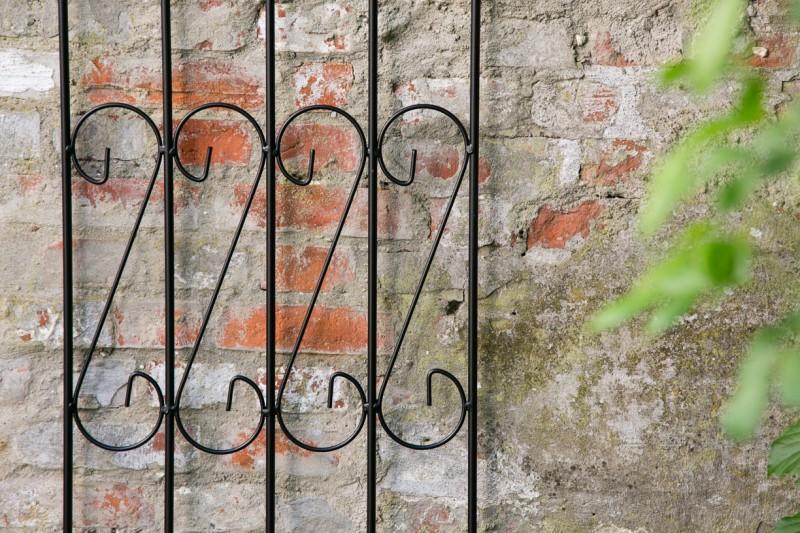 Stilvolle Elemente geben ihren Pflanzen zusätzlichen Halt