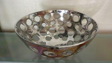 Aluminiumschale Ø 32cm Loch-Design rund Aluminium Schale Dekoschale Deko Silber