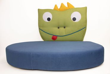 Twees Kindersofa mit Motiv Frosch Olli – Bild 1