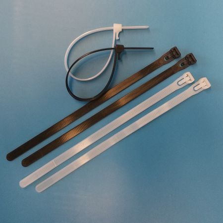 100 x Releasable cable tie 7,6x150mms natural or black extra strong !!! – image 1