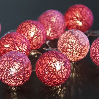 "LED Chain of Lights ""Cotton Balls"" 10 lights with plug incl. 3 meters feeding cable – image 3"