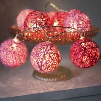 "LED Chain of Lights ""Cotton Balls"" 10 lights with plug incl. 3 meters feeding cable – image 4"