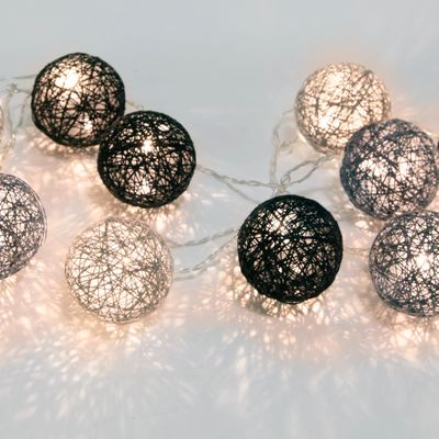 "LED Chain of Lights ""Cotton Balls"" 10 lights with plug incl. 3 meters feeding cable – image 10"