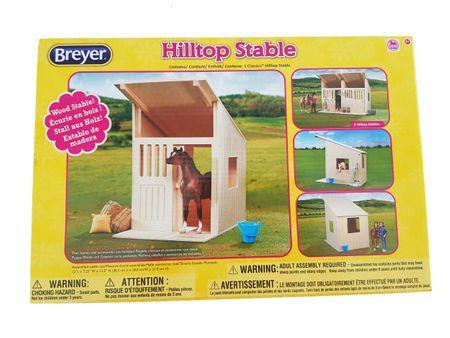 Breyer Classics Holzstall Pferdestall aus Holz Maßstab 1:12 – Bild 1