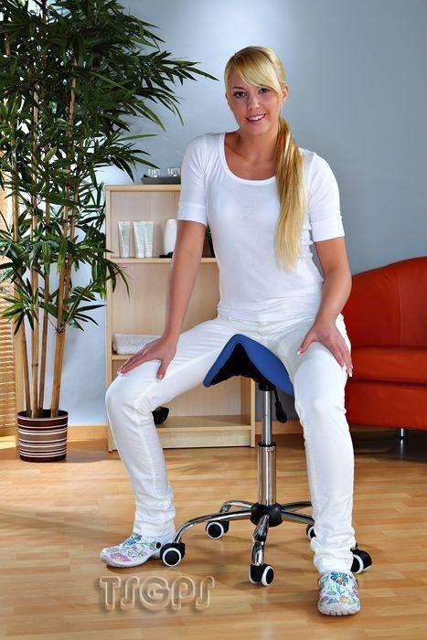 Kosmetik Arbeitshocker Massage Hocker Sattelform, höhenverstellbar, blau – Bild 1