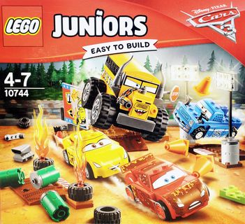LEGO 10744 Juniors: CARS Crazy 8 Rennen in Thunder Hollow [1]