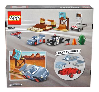 LEGO 10742 Juniors Rasante Trainingsrunden in der Teufelsschanze Disney Cars [2]