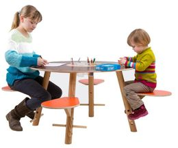 Kinderspieltisch aus Holz Tavi von Timkid – Bild 2