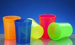 20 piece plastic reusable cup green 0,2l light and versatile – Bild 2